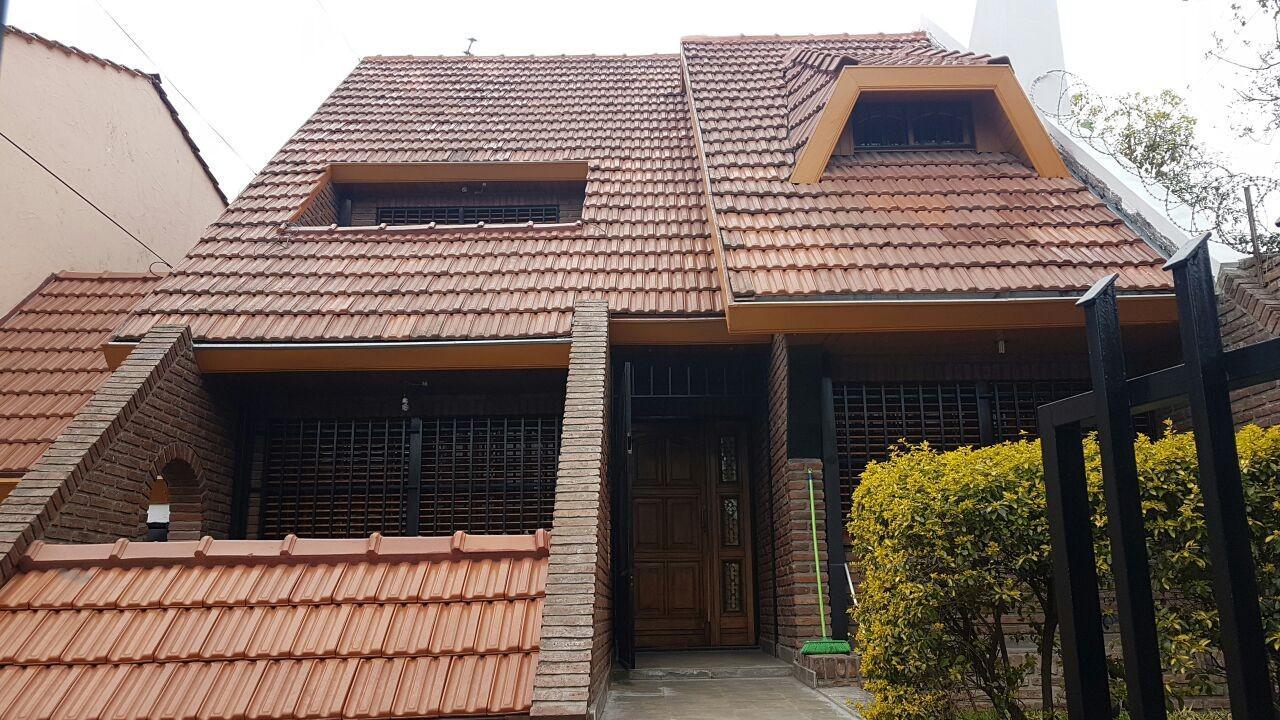 Casa en Venta - Centro, lote 10 x50  (San Miguel)