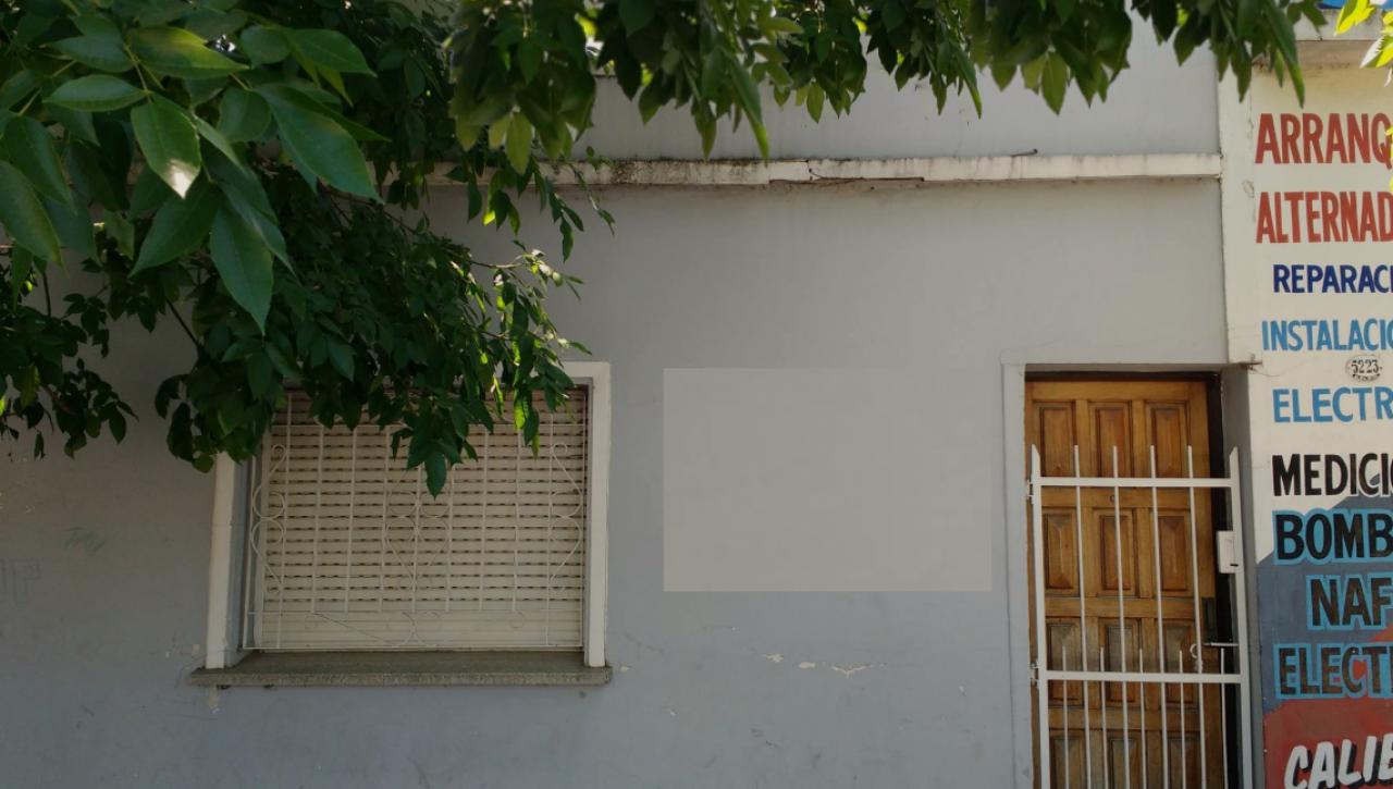 Casa 3 Amb + 2 Locales En Av Balbin San Miguel