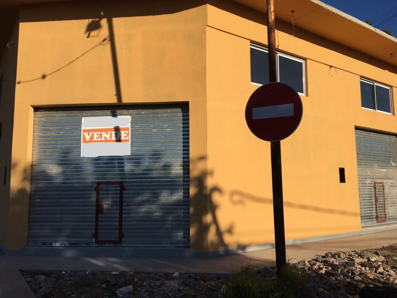 LOCAL COMERCIAL - ITALIA Y RUTA 8 - SAN MIGUEL