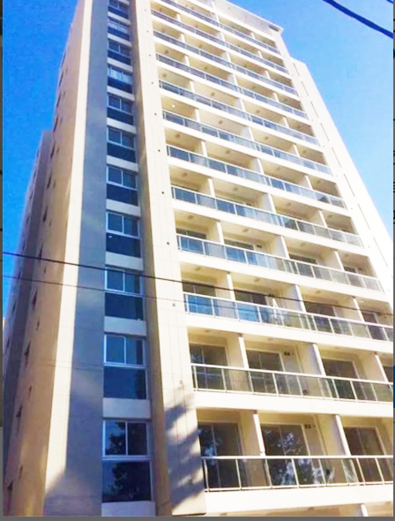 venta Dos Ambientes Muy amplio con balcón y Cochera ( Piamonte 1,, Muñiz)