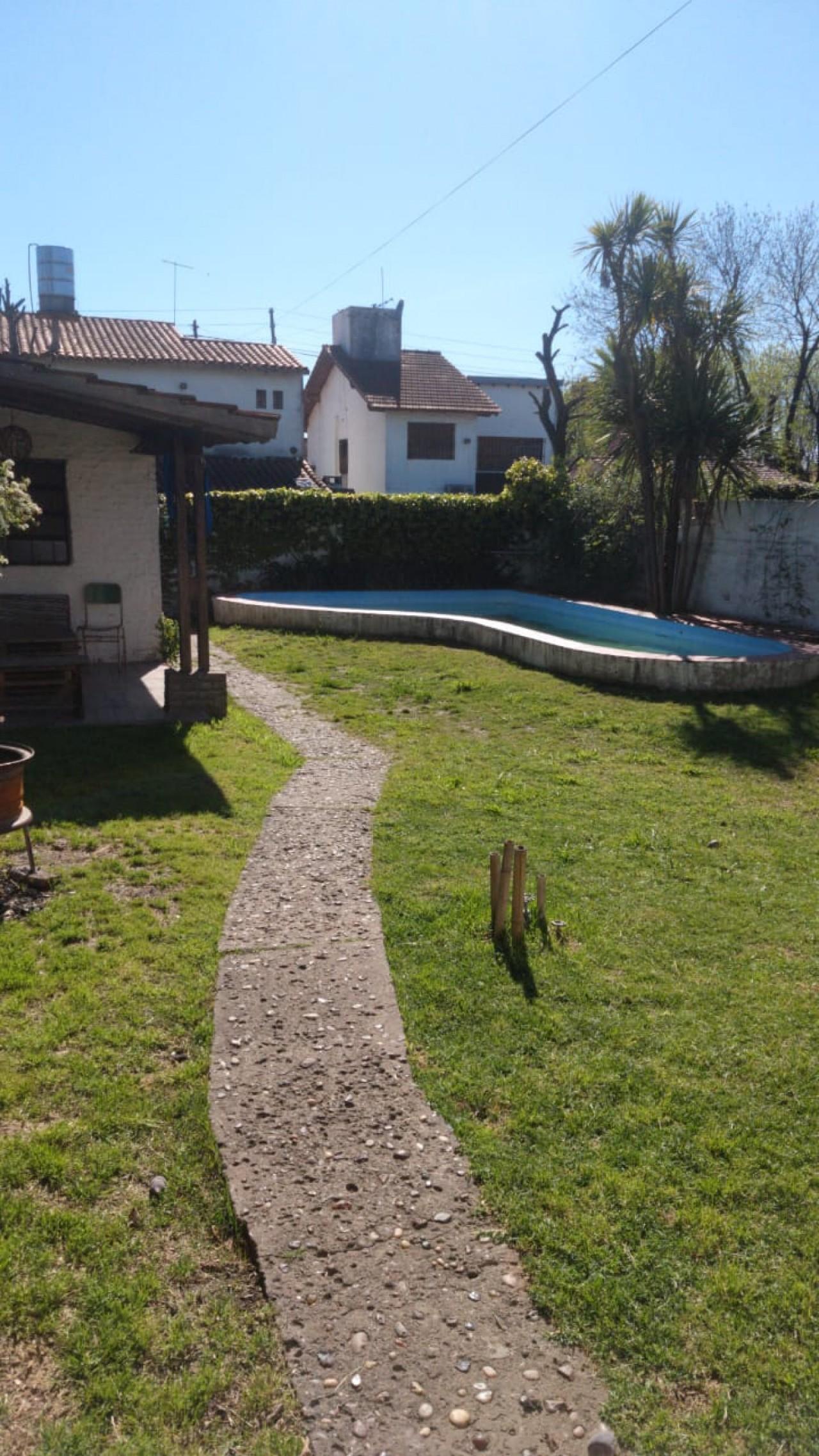 Venta Casa con Piscina( Bella Vista)