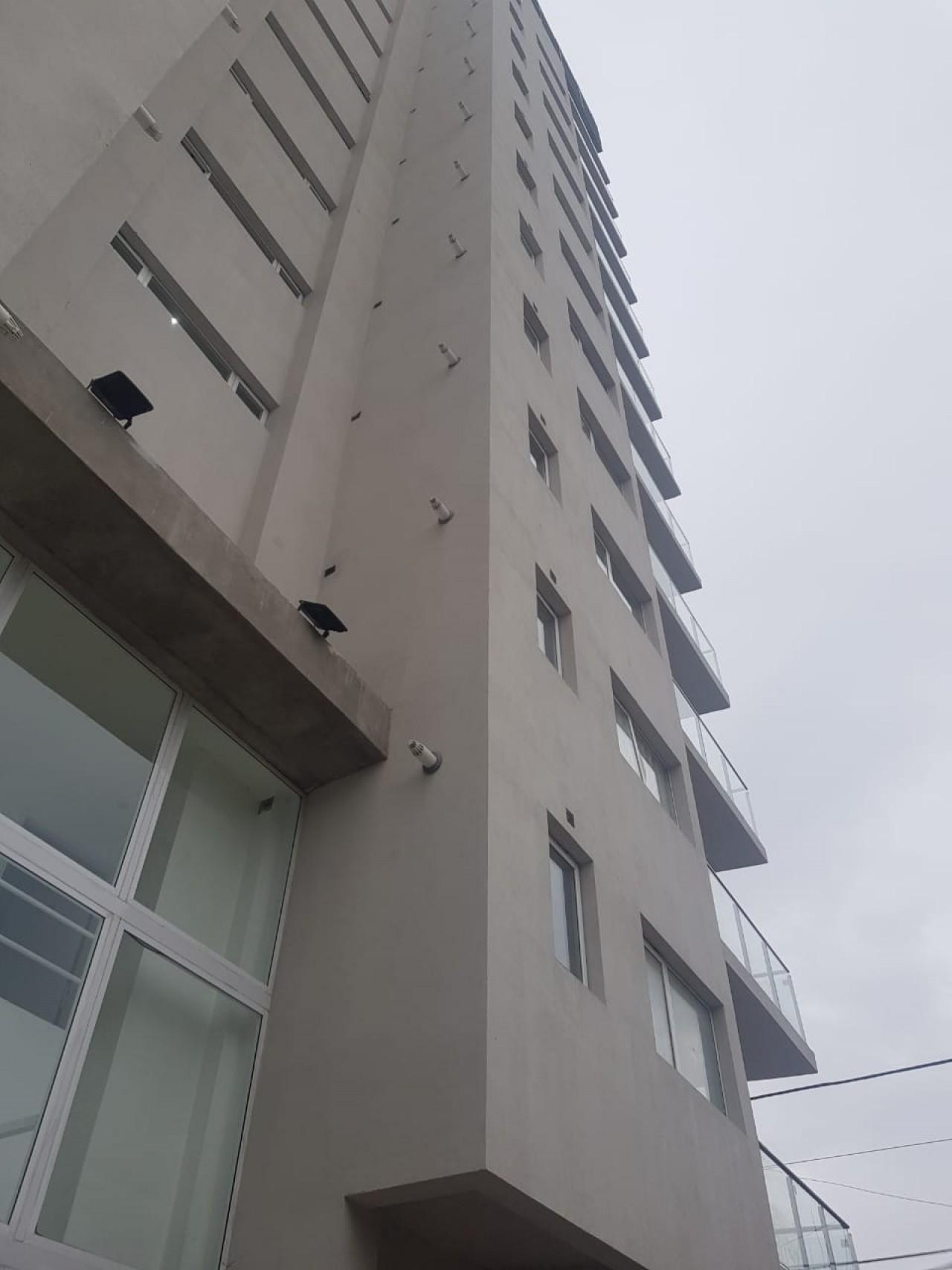 Cochera en Edificio , Planta baja a estrenar
